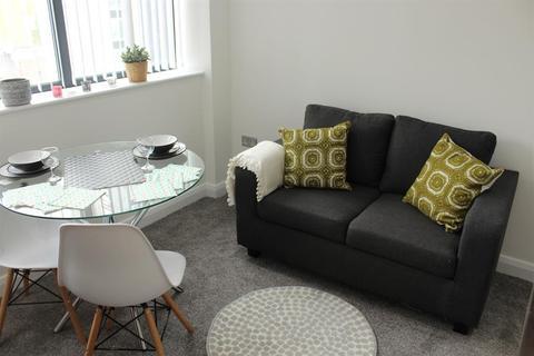 Studio to rent - Bracken House, Charles Street, Manchester, M1 7BD