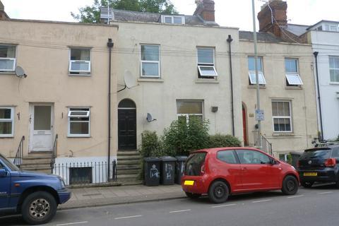 2 bedroom flat for sale - Park Road, Gloucester