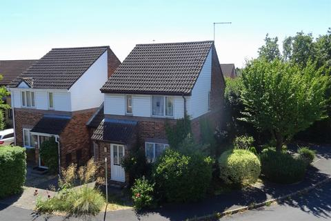 3 bedroom detached house for sale - Valerian Court, Cherry Hinton