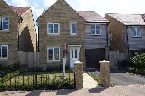 4 bedroom detached house to rent - Little Grebe Road, Bishops Cleeve, Cheltenham