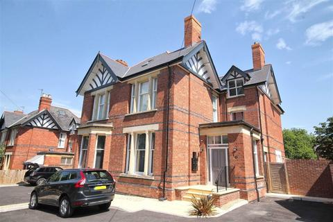 2 bedroom flat for sale - Eldorado Road, Christchurch, Cheltenham, GL50