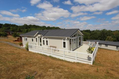2 bedroom lodge for sale - Warren Lodge Estate, Woodham Walter, Maldon, CM9