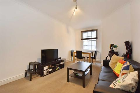 2 bedroom flat to rent - Addison House, London, NW8