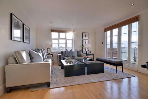 4 bedroom flat to rent - William Court, London, NW8