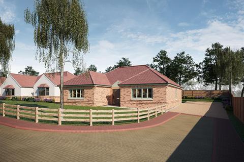 3 bedroom detached bungalow for sale - Stoney Hills, Burnham-On-Crouch