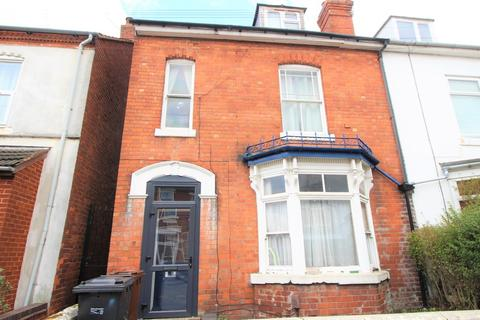 4 bedroom house share to rent - Staveley Road, Wolverhampton