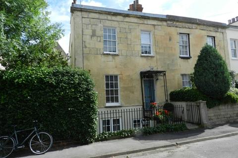2 bedroom townhouse to rent - Gratton Street, Leckhampton
