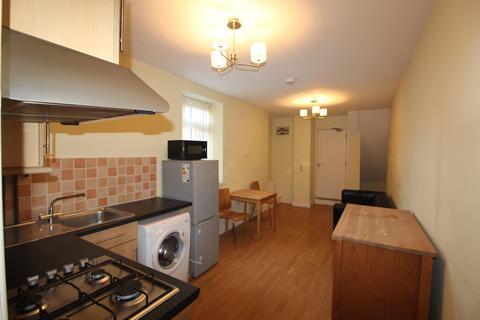 1 bedroom flat to rent - Richmond Road , Roath , Cardiff