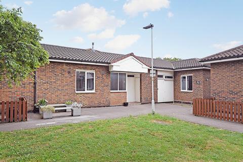 4 bedroom terraced bungalow to rent - Inglesham Walk