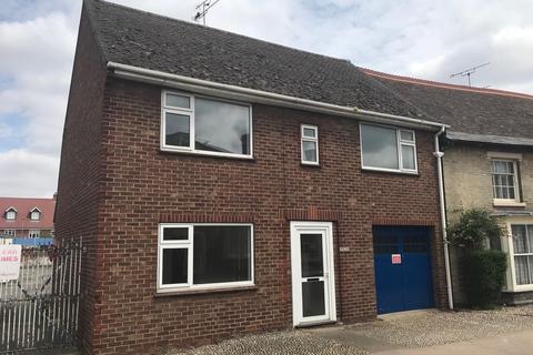 3 bedroom semi-detached house to rent - High Street, Needham Market
