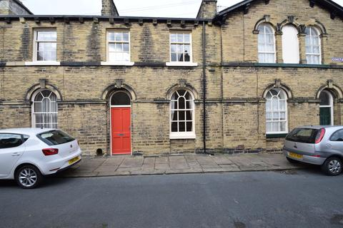 3 bedroom terraced house to rent - Constance Street, Saltaire