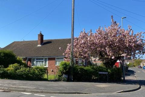 2 bedroom semi-detached bungalow for sale - Wicklow Avenue, Melton Mowbray