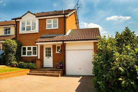 4 bedroom detached house for sale - Anston Crescent, Lower Earley