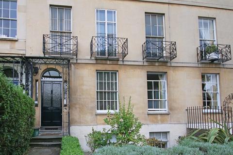 2 bedroom flat to rent - Montpellier Terrace, CHELTENHAM