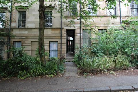3 bedroom flat to rent - Glasgow Street, Flat 2/1, Hillhead, Glasgow, G12 8JW