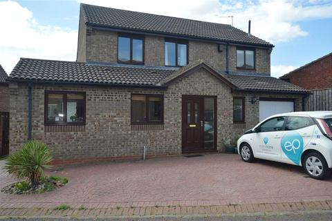 4 bedroom detached house to rent - Cavendish Court, Brandon