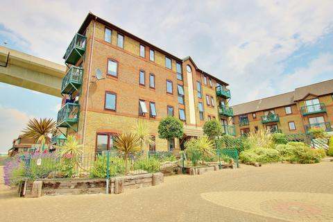 2 bedroom flat for sale - Mitchell Close, Southampton