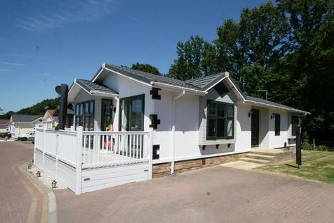 2 bedroom park home for sale - Woodlands Lodge Park, Woodlands Park, Woodlands Park, Biddenden TN27