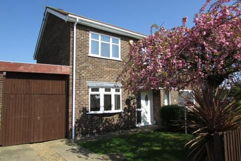 3 bedroom semi-detached house to rent - Haveswater Close, Gunthorpe, PE4