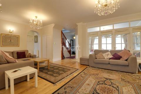 5 bedroom semi-detached house for sale - Kingsmere Park, London