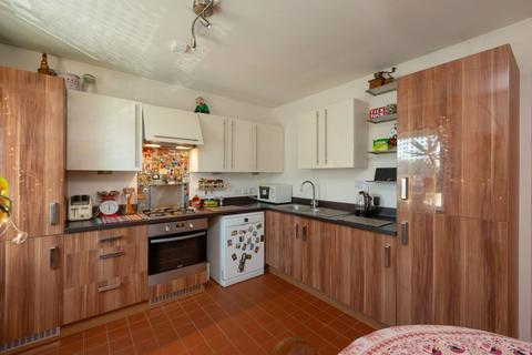 2 bedroom flat for sale - 12/3 West Pilton Road, Edinburgh, EH4 4GX