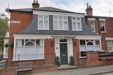 2 bedroom terraced house for sale - Wood street-  Golden Triangle