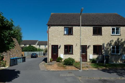 2 bedroom terraced house for sale - Rissington Drive, Witney, Oxfordshire