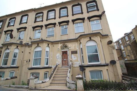 2 bedroom flat for sale - Athelstan Road, Cliftonville, CT9