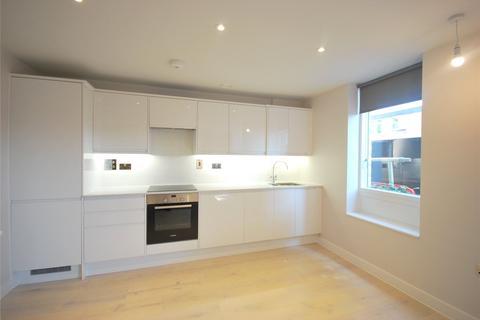 1 bedroom flat - St Cuthberts House, 30 Havannah Street, London
