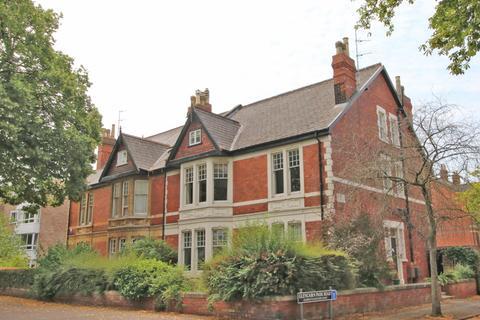 2 bedroom flat to rent - Queens Road, CHELTENHAM