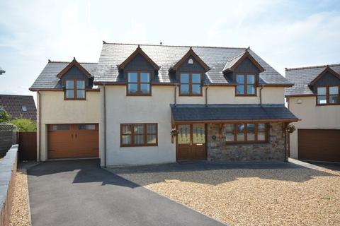 5 bedroom detached house for sale - Vale View, Hillcrest, Pen-Y-Fai, Bridgend, CF31 4NL