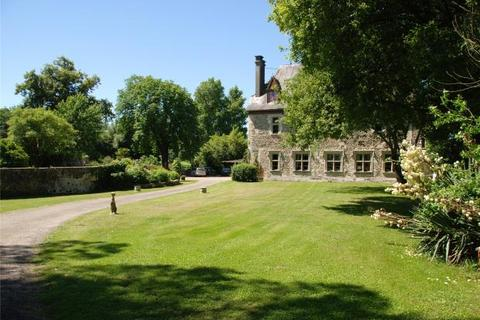13 bedroom house  - 12th Century Chateau, Orthez, Pyrenees Atlantiques