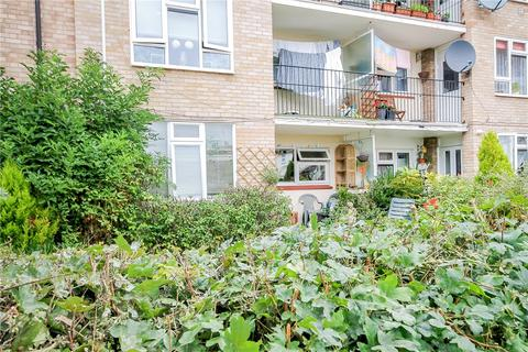 2 bedroom apartment for sale - Markham Close, Cambridge, CB4