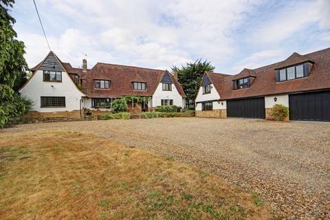 6 bedroom detached house for sale - Romantic Riverside Residence