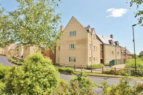 2 bedroom apartment for sale - Middle Mead, Cirencester, Gloucestershire