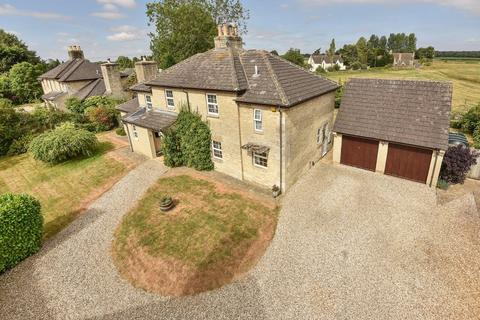 4 bedroom detached house for sale - Coates, Cirencester