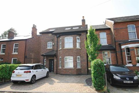 4 bedroom detached house to rent - Temple Road, Sale