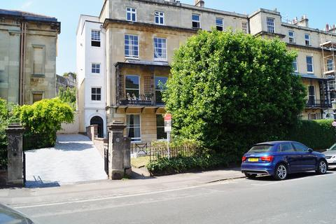 2 bedroom flat for sale - Richmond Park Road, Clifton, Bristol, BS8