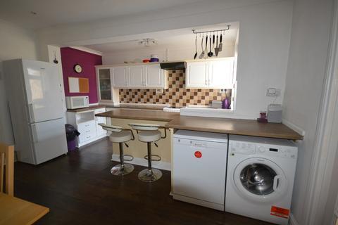 3 bedroom property to rent - Tymawr Street, Port Tennant, Swansea, SA1