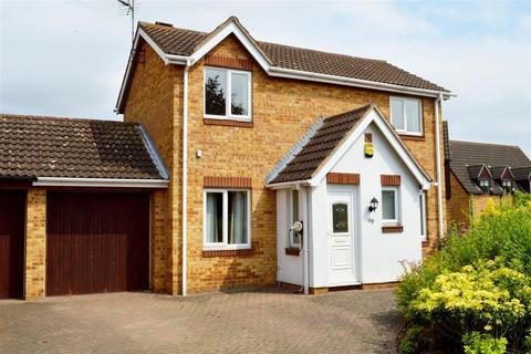 4 bedroom detached house for sale - Baron Court, Werrington, Peterborough