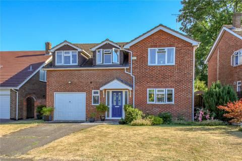 4 bedroom detached house for sale - Nursery Gardens, Purley On Thames, Reading