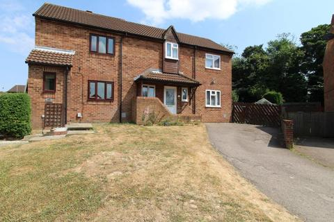 2 bedroom house to rent - Osmund Drive, Northampton