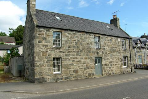 4 bedroom detached house for sale - High Street, Kingussie, PH21
