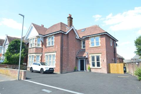 2 bedroom apartment for sale - Bryanstone Road, Bournemouth