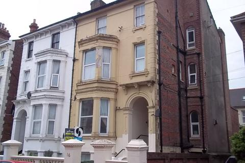 Studio to rent - Ashburton Road, Southsea, PO5 3JT