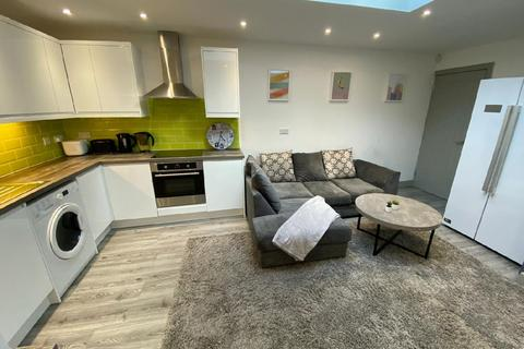 6 bedroom house to rent - Florence Buildings, Selly Oak, Birmingham, West Midlands, B29