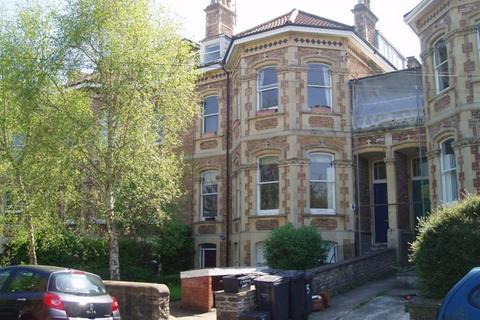 2 bedroom apartment to rent - Redland, Meridian Rd, BS6 6EG