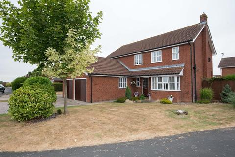 4 bedroom detached house for sale - The Spindles, Bourne, PE10
