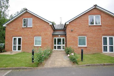 2 bedroom apartment for sale - QUEENS MEADOW COURT, LYDNEY