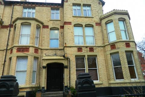 1 bedroom flat to rent - 21 Princes Avenue Toxteth Liverpool L8 2TB
